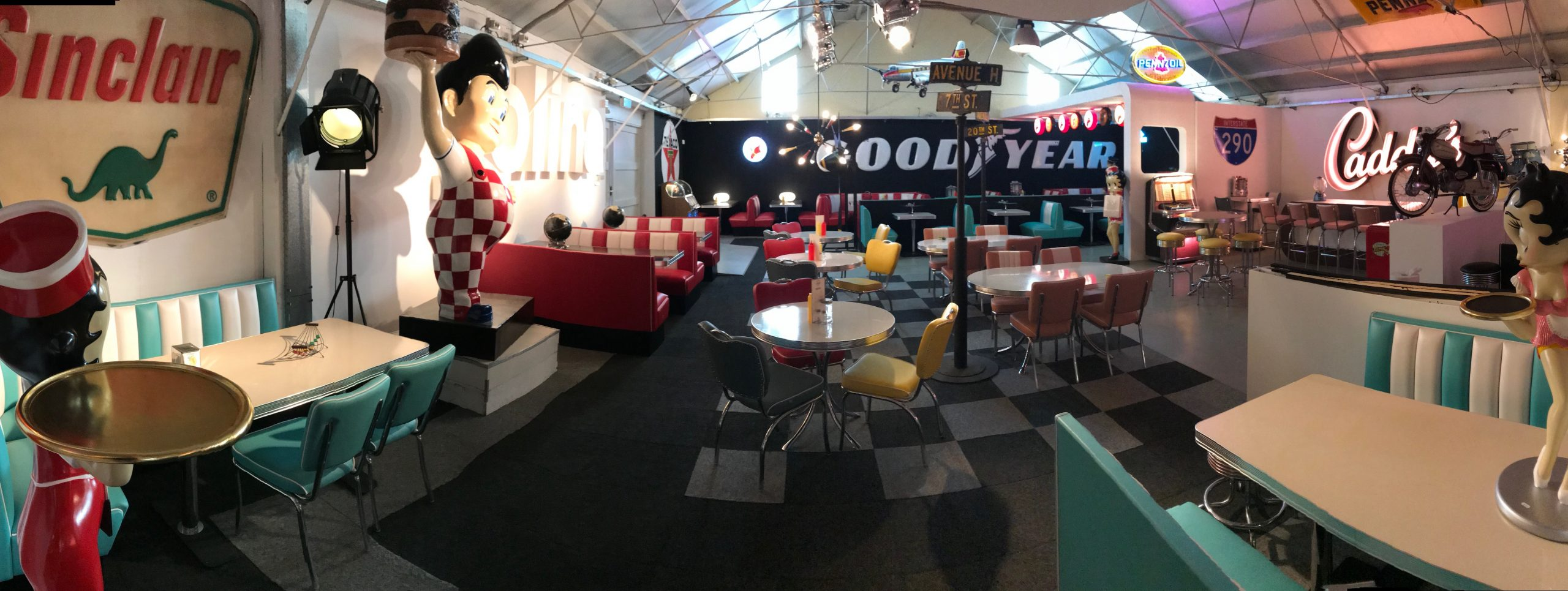 Salle d'exposition Bel Air Betty Boop