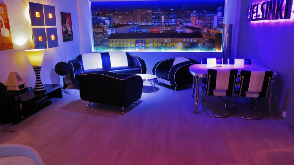 Restaurant lounge meubles annees 50 diner americain de Bel Air à Reykjavik, Islande